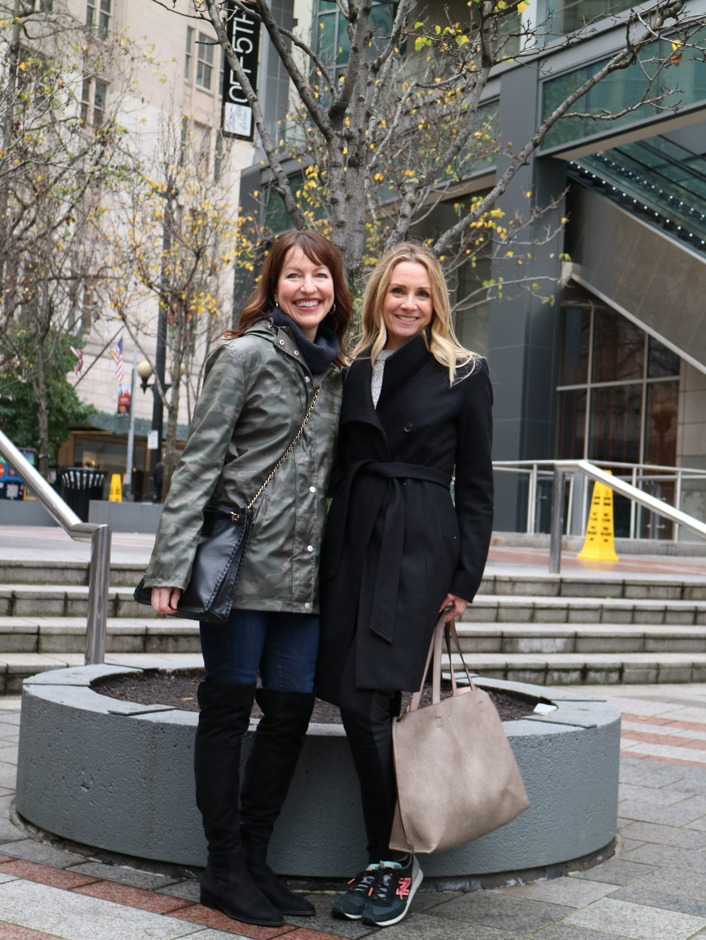 7 rules for shopping with a friend