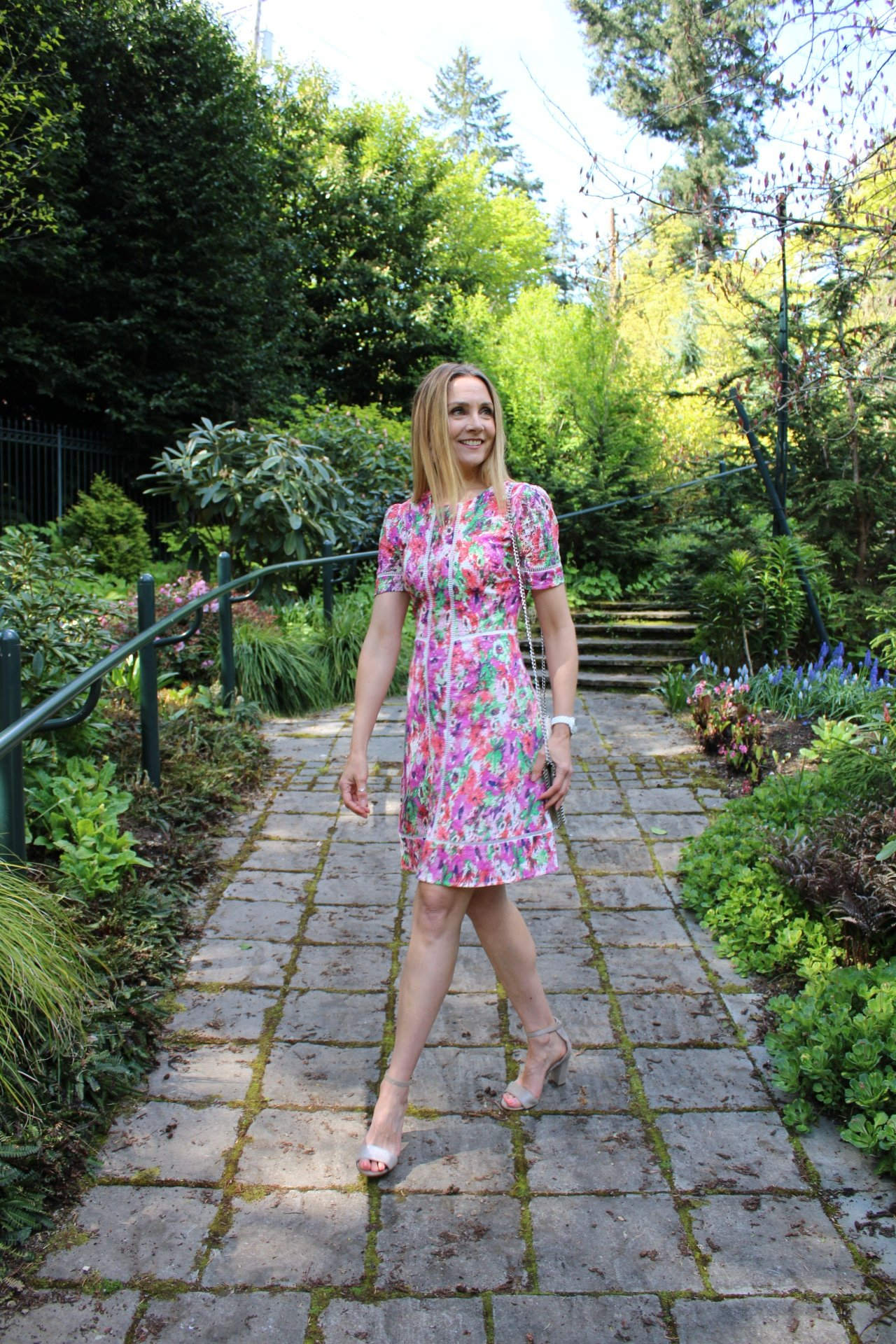 knee-length floral dress, what to wear to a wedding