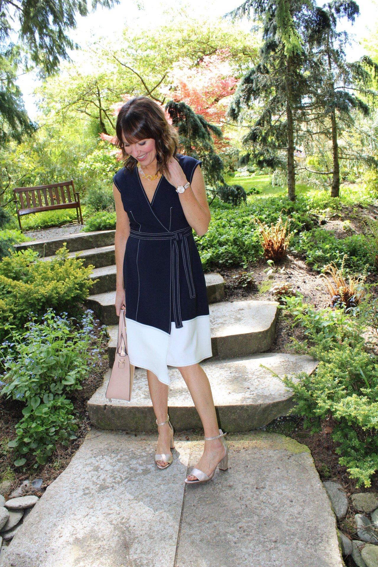 how to accessorize a workwear dress , wrap style dress