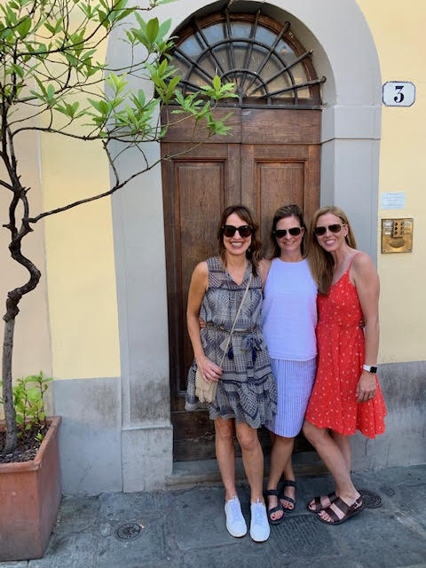travel outfits in florence italy