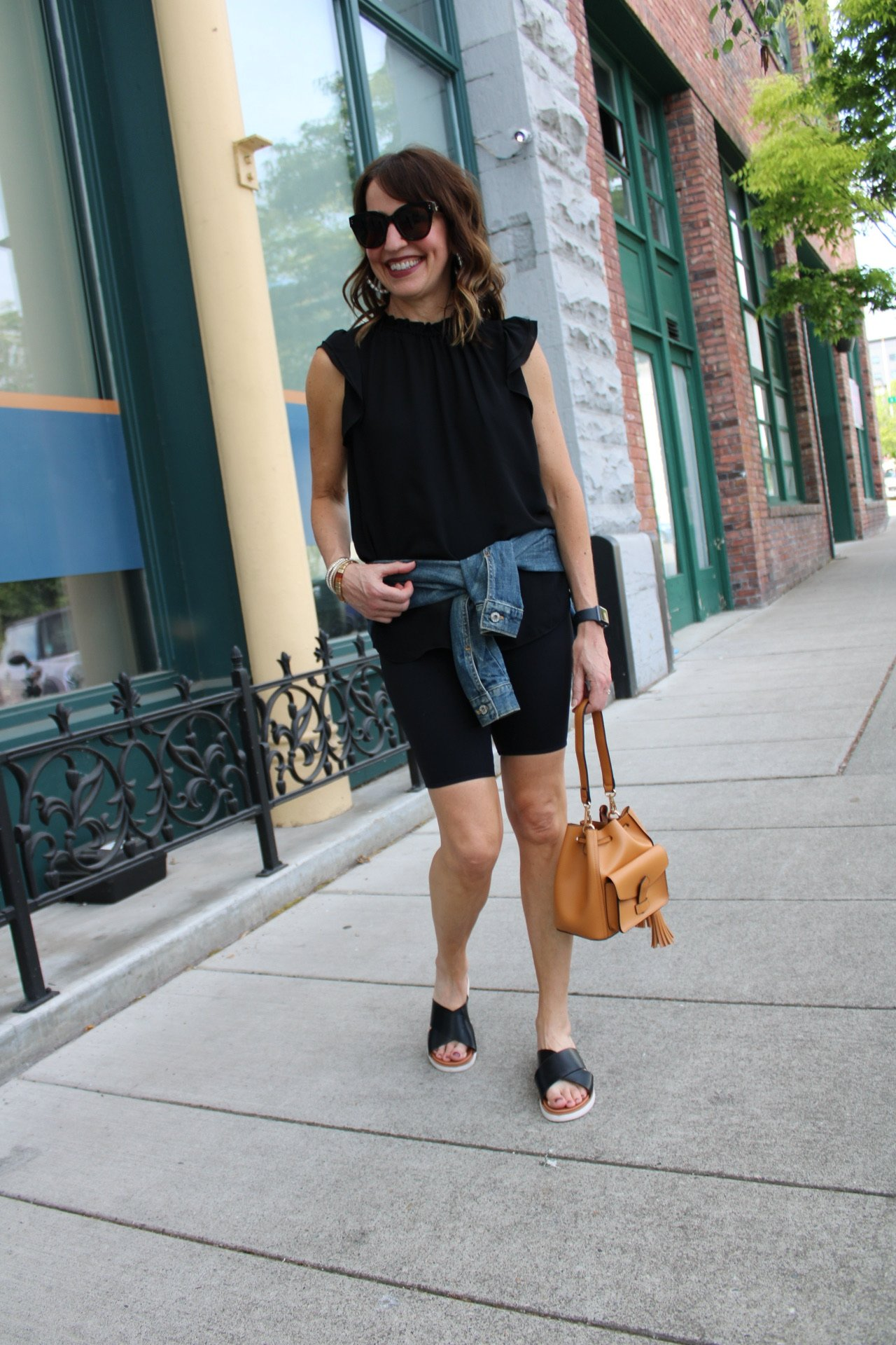 monochrome black biker shorts summer outfit